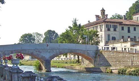 Borgo di Cassinetta di Lugagnano